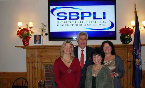 SBPLI and Farmingdale State College Host Fred Breithut Scholarship Fundraiser Breakfast